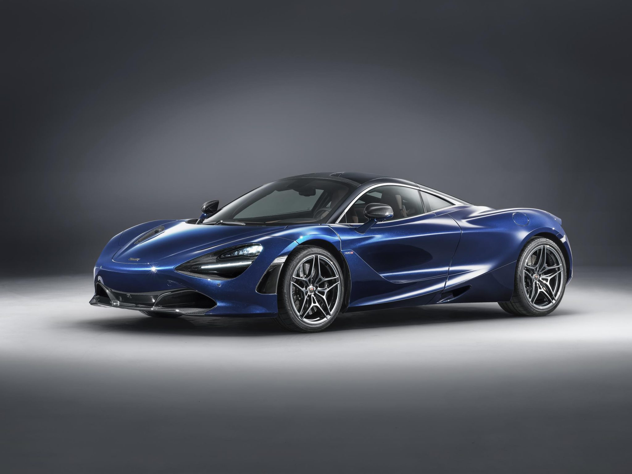 McLaren 720S in Atlantic Blue