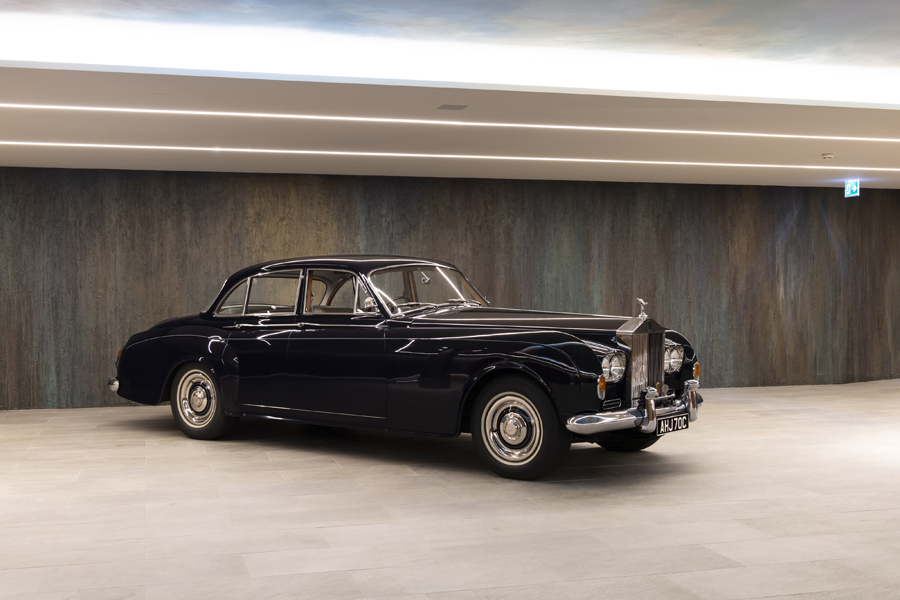 1964 Rolls-Royce Silver Cloud III Sports Saloon by James Young